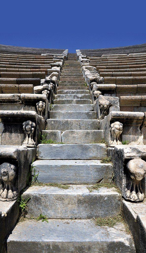 12 – Alberto Martinez 16 pts – Efeso (Turquia)