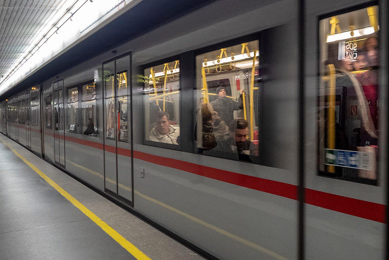 31 - Jordi Cuartero - El metro - 7