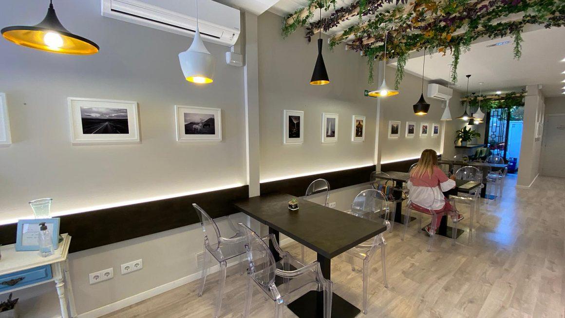 Estreno Exposición AGFOGA en Carmeta's Café